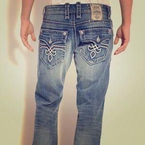 ROCK REVIVAL Adrien Straight Leg Jeans Size 32